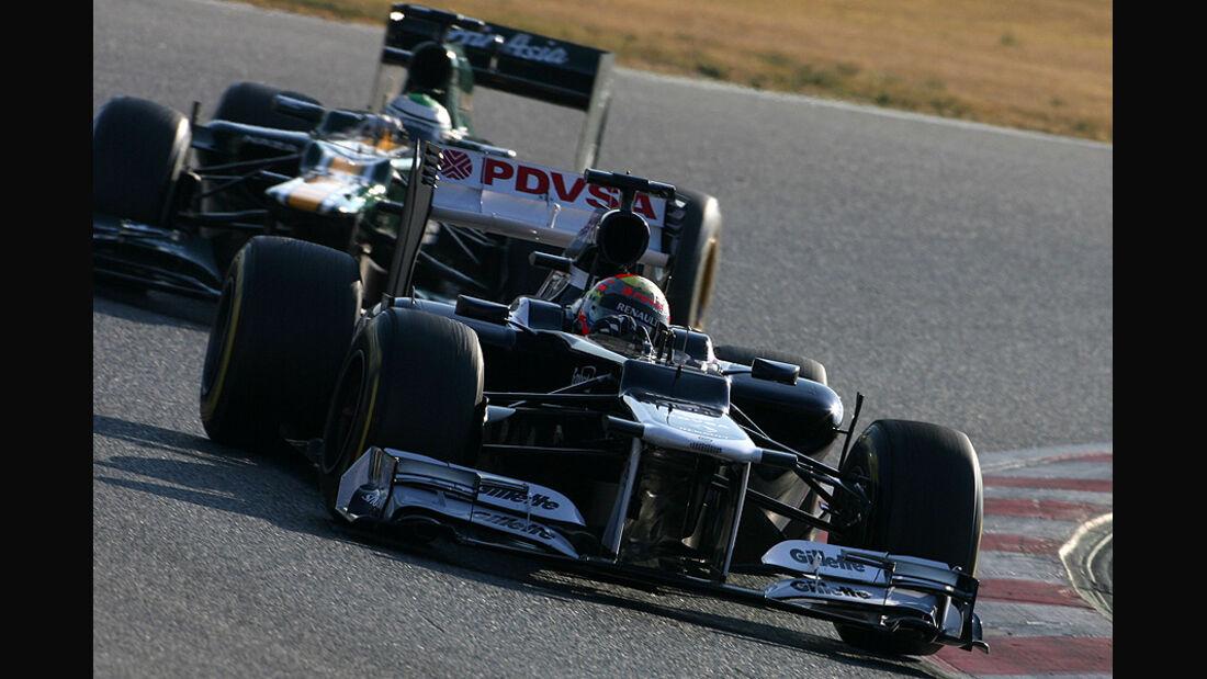 Formel 1-Test, Barcelona, 24.2.2012, Pastor Maldonado, Williams, Heikki Kovalainen, Caterham