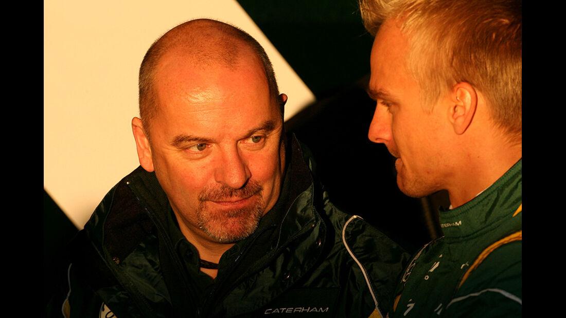 Formel 1-Test, Jerez, 7.2.2012, Mike Gascoyne, Heikki Kovalainen, Caterham