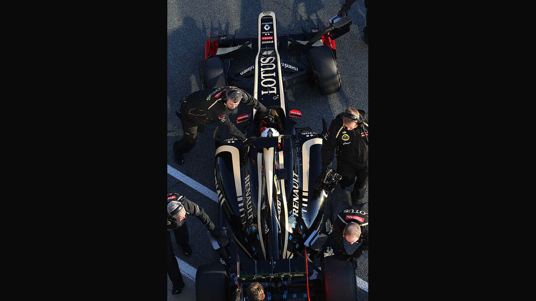 Formel 1 Test, Jerez, Tag 1, Lotus Renault, Kimi Raikkonen