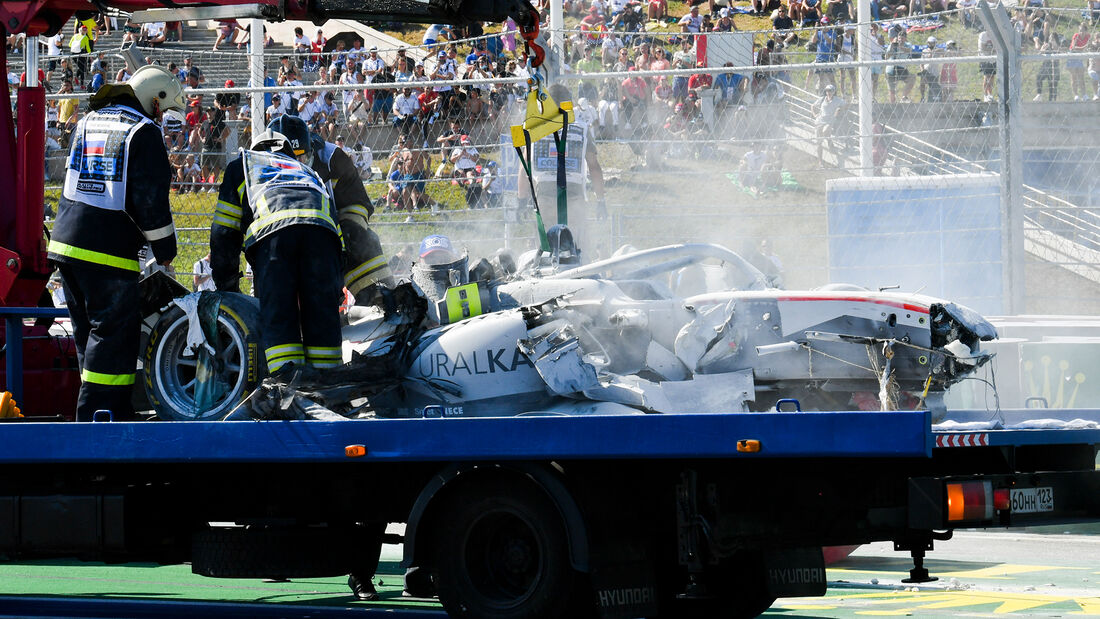 [Imagen: Formel-2-Crash-Russland-Sotschi-2020-169...727308.jpg]