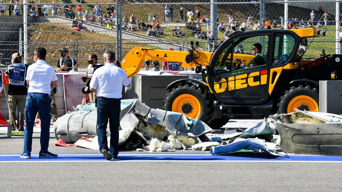 [Imagen: Formel-2-Crash-Russland-Sotschi-2020-169...727315.jpg]