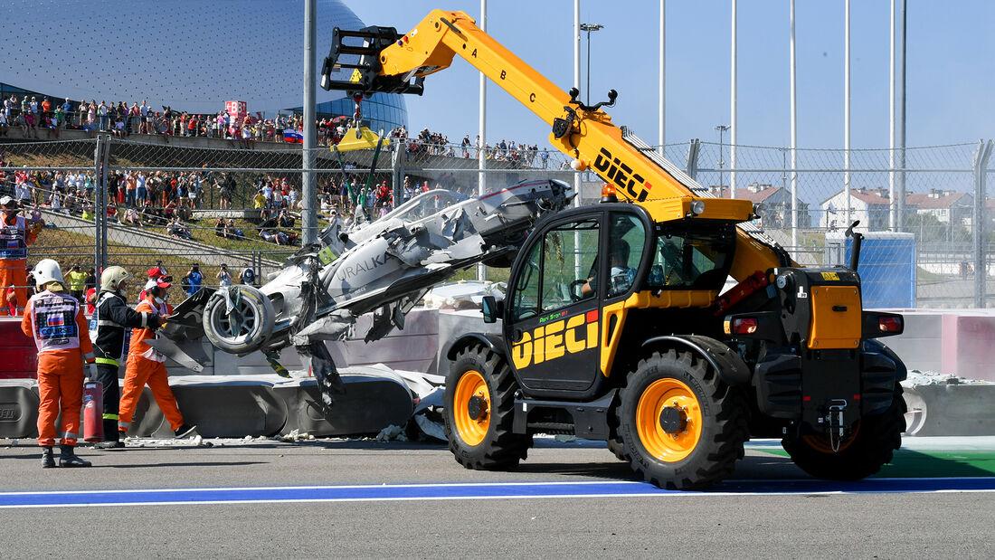 [Imagen: Formel-2-Crash-Russland-Sotschi-2020-169...727311.jpg]