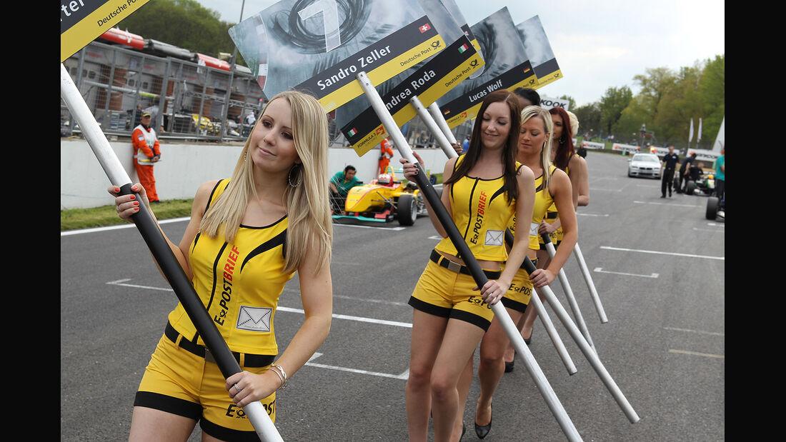 Formel 3 Brands Hatch 2012, Grid Girl