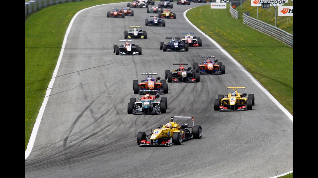 Formel 3 - Österreich 2014 - Spielberg - Red Bull Ring - Rennen 2 - Startrunde