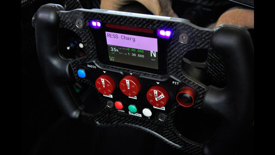 Formel E - Technik - Lenkrad - Venturi - Sarrazin
