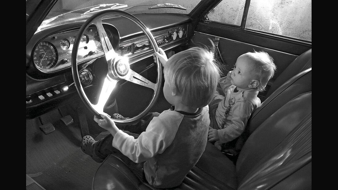 Fotowettbewerb, Miro & Marou Lancia Flavia 1968, Auto-Menschen