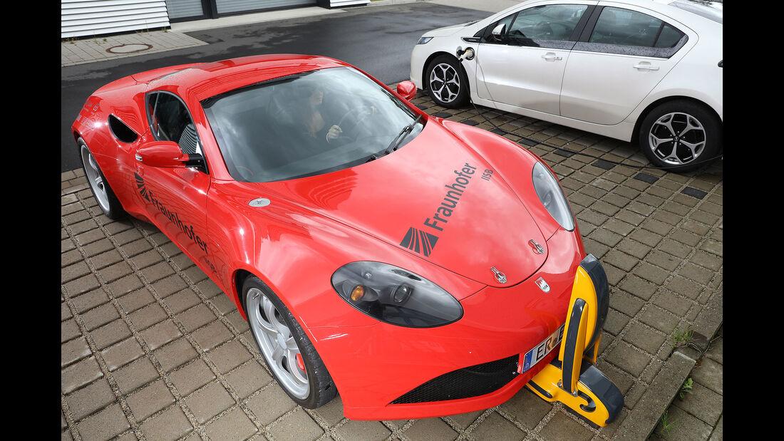 """Fraunhofer Institut Elektrosportwagen """"IISB-ONE"""""""