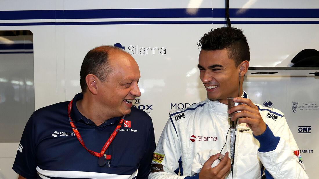 Frederic Vasseur & Pascal Wehrlein - Sauber - F1 2017