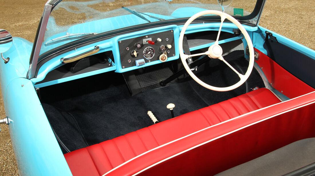 Frisky Sport, Cockpit
