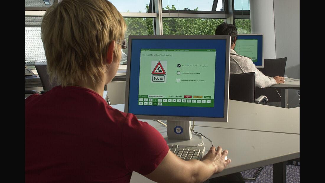 Führerschein-Prüfung am PC