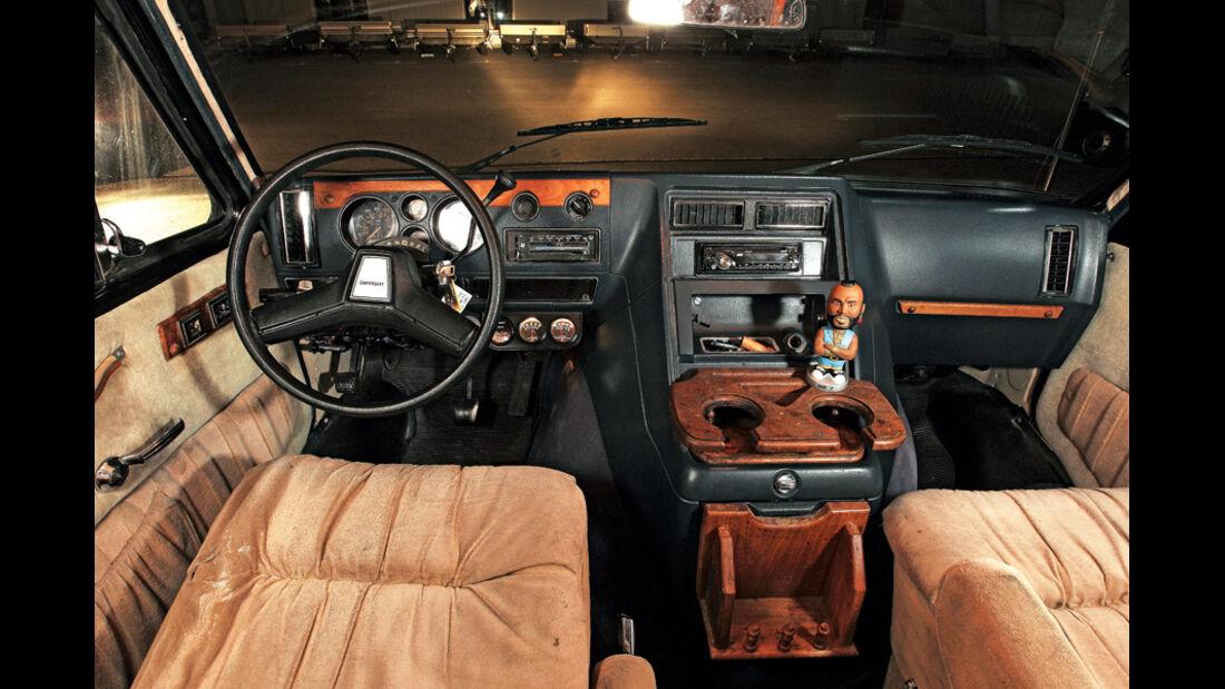 GMC Vandura, Cockpit