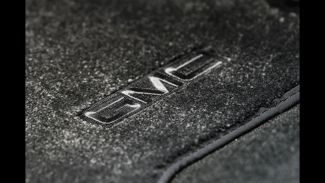 GMC Yukon Denali Ultimate Black Edition