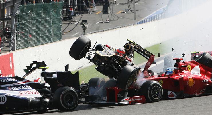 GP Belgien 2012 Start Crash