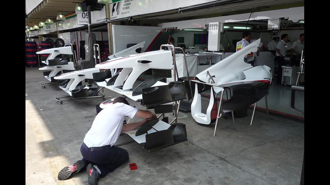GP Brasilien Logistik Flügel Sauber