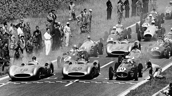 GP Frankreich 1954 - Reims - Start - Mercedes W 196 R