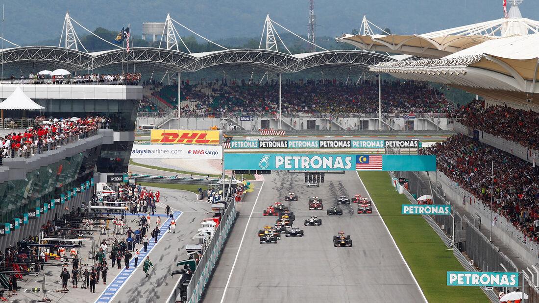 GP Malaysia 2010 - Sepang - Start