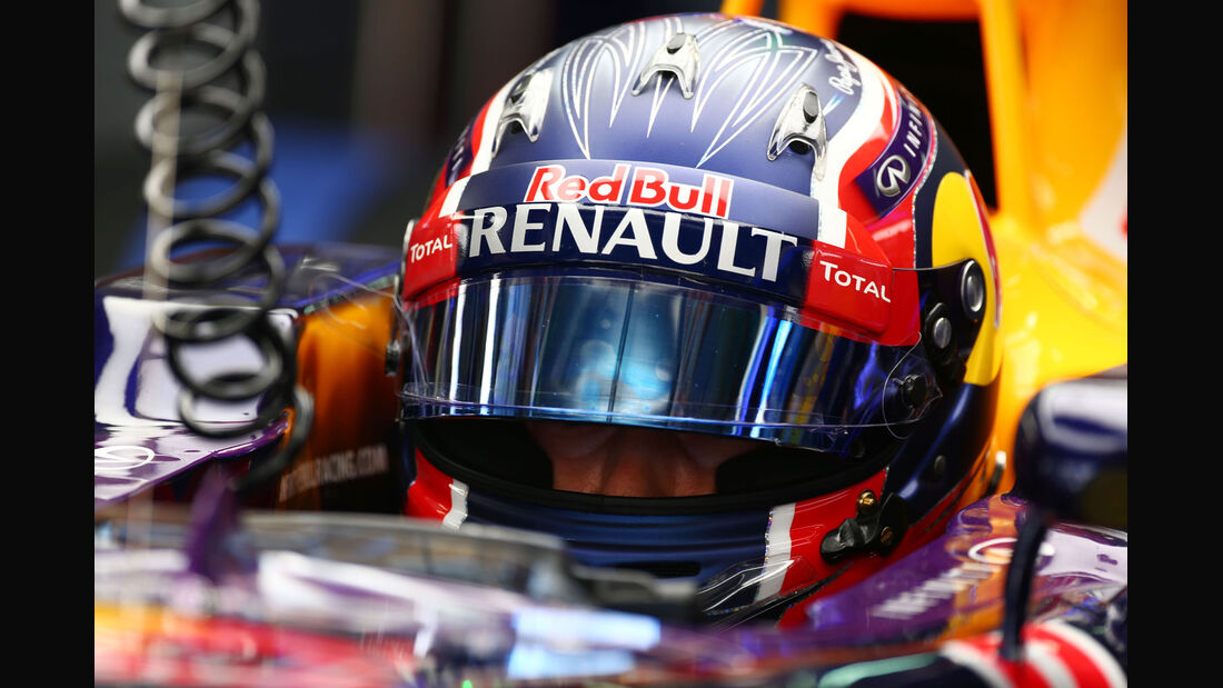 GP Malaysia - Daniil Kvyat - Red Bull - Formel 1 - Freitag - 27.3.2015