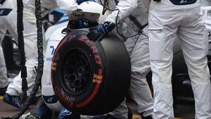 GP Monaco - Williams - Reifenwechsel - Boxenstopp - Pirelli - Formel 1 - 2015