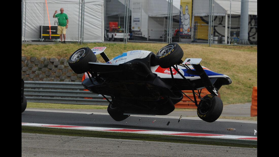 GP3 - Ungarn - Crash - 2013
