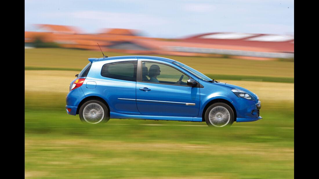 Gebrauchtwagen, Privat- oder Händlerkauf, Renault Clio