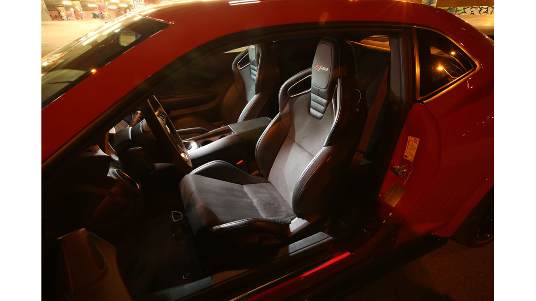 Geiger-Camaro Z/28, Fahrersitz