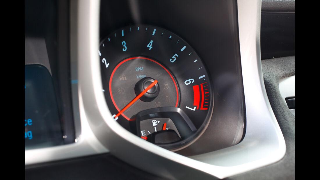 Geiger Chevrolet Camaro ZL1, Rundinstrumente