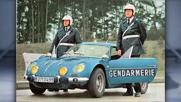 Gendarmerie Polizei Frankreich Alpine A110 1960