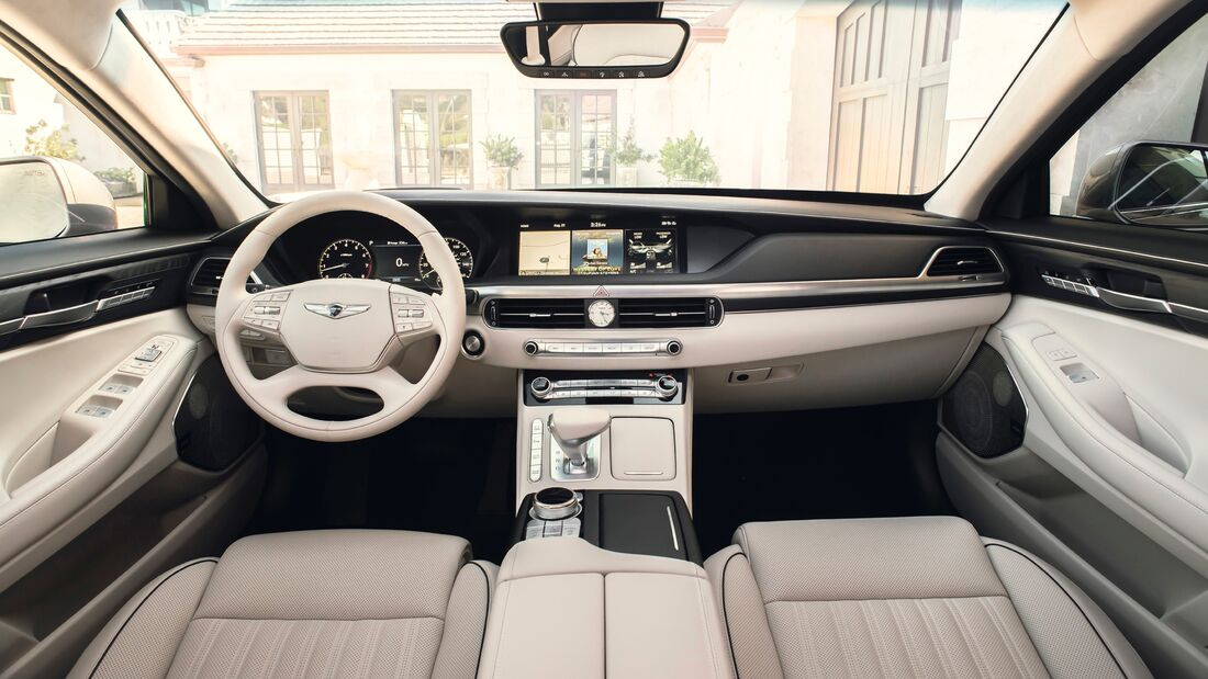 Genesis G90 LA Autoshow 2020