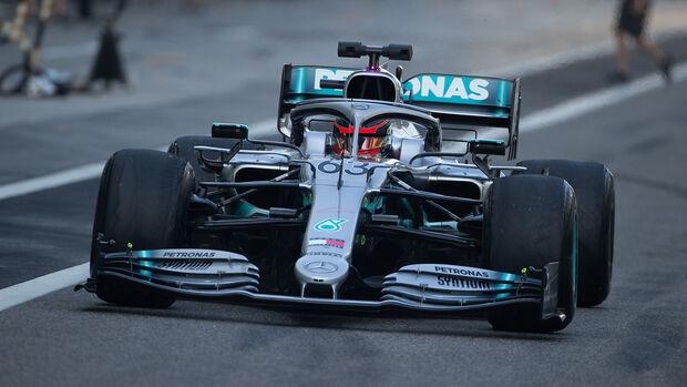George Russell - Mercedes W10 - Abu Dhabi 2019 - Test