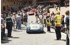 Gijs van Lennep im flachen Porsche 550 Spyder.