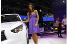 Girls Autosalon Paris 2073