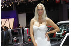 Girls Autosalon Paris 2077