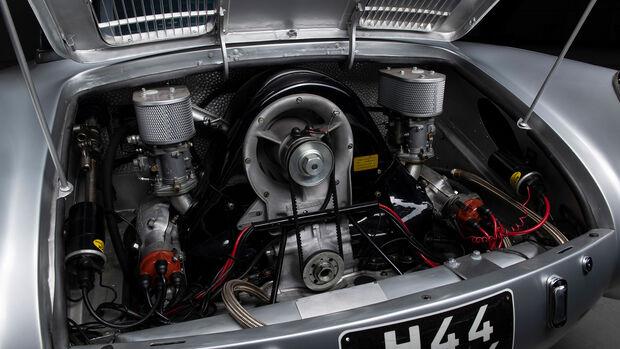 Glöckler Porsche 356 Carrera 1500 Coupe (1954)