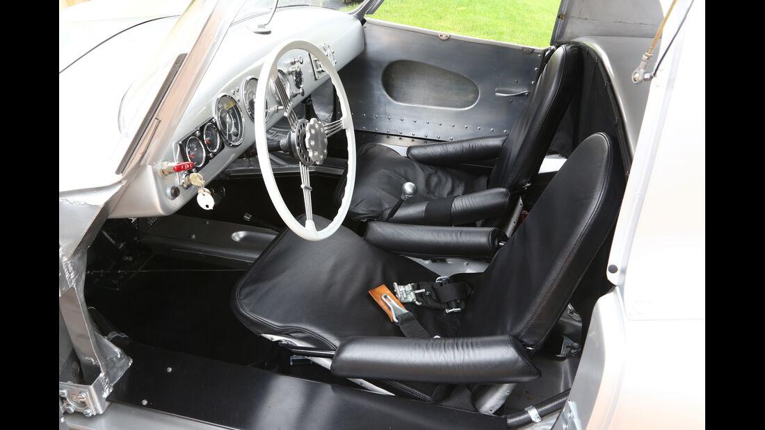 Glöckler-Porsche, Fahrersitz