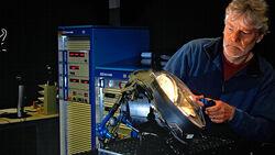 Gluehlampentest 2017, Goniometer, Jo Deleker