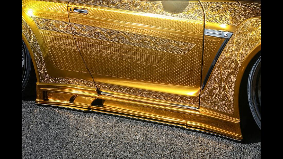 Goldener Nissan GT-R - Tuning - Kuhl Racing