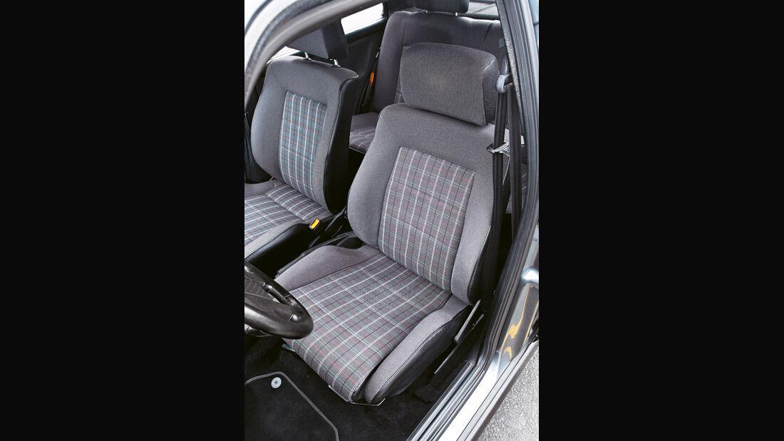 Golf II GTI, Sitz