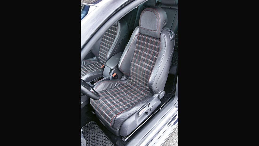 Golf V GTI, Sitz