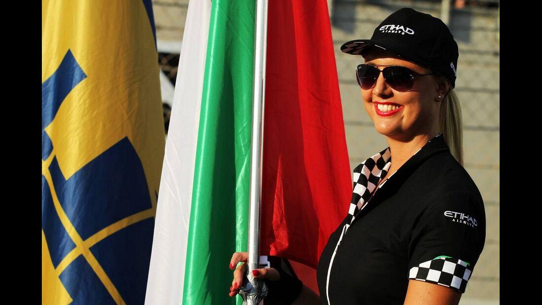 Grid Girl  - Formel 1 - GP Abu Dhabi - 04. November 2012