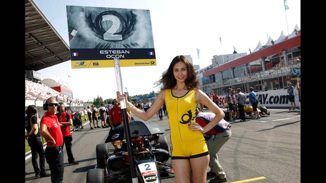 Grid Girl - Formel 3 EM - Moskau 2014