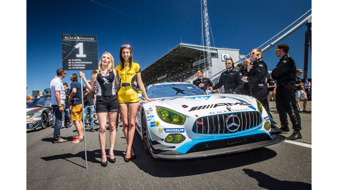 Grid Girls - 24h-Rennen Nürburgring 2017 - Nordschleife