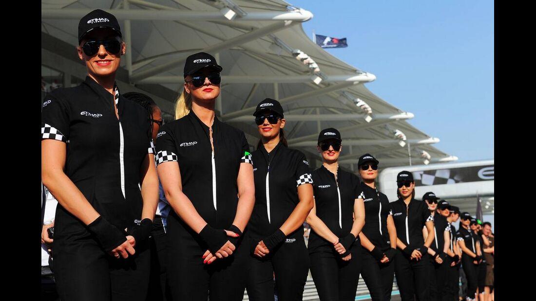 Grid Girls  - Formel 1 - GP Abu Dhabi - 04. November 2012