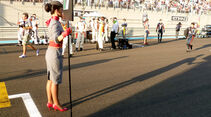 Grid Girls GP Abu Dhabi 2011