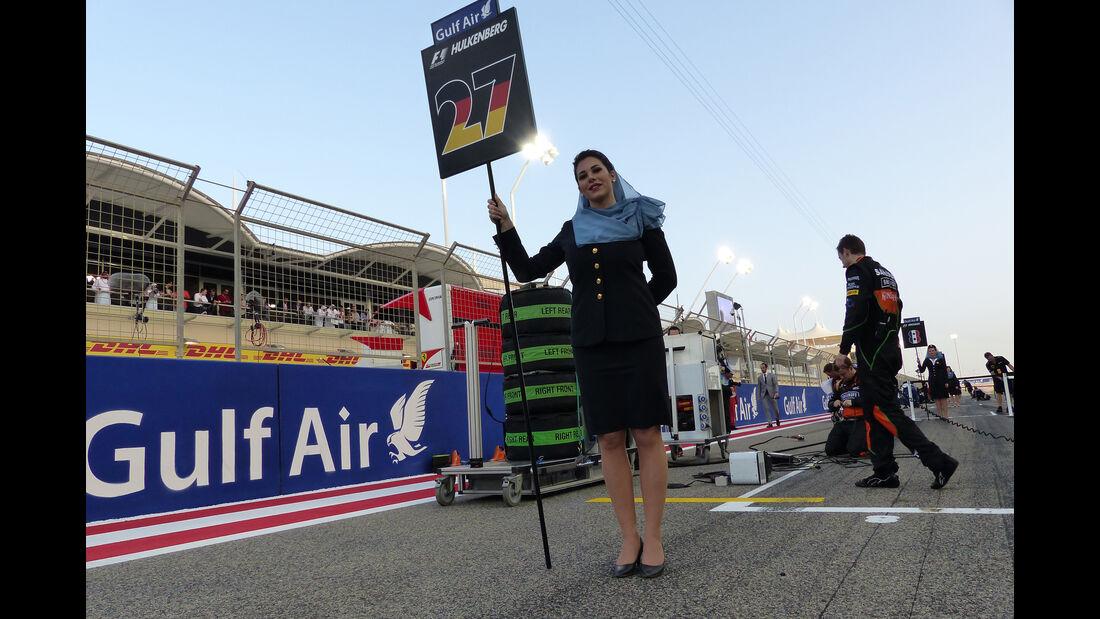 Grid Girls - GP Bahrain 2015