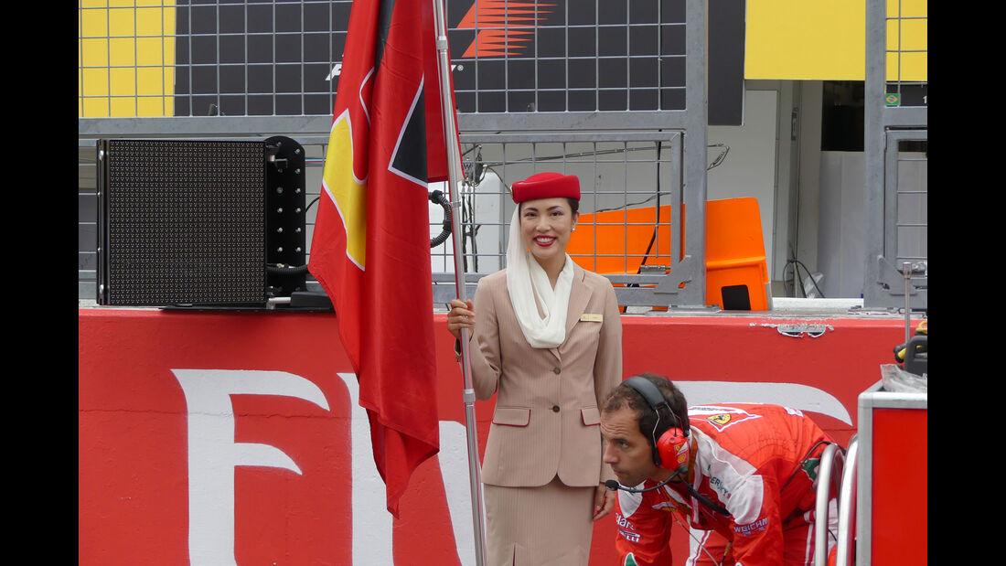 Grid Girls - GP Japan 2016 - Suzuka