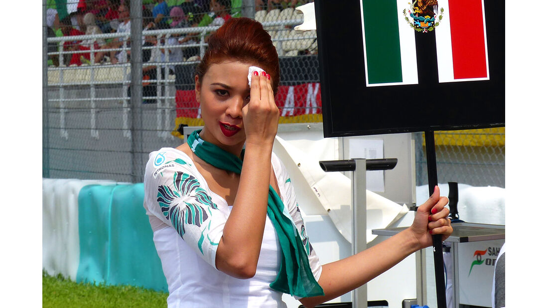 Grid Girls - GP Malaysia 2014 - Formel 11