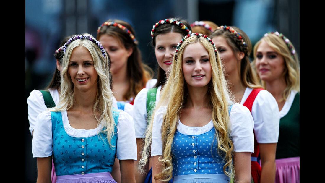 Grid Girls - GP Österreich 2017 - Spielberg - Qualifying