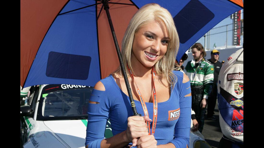 Grid Girls Grand Am Daytona 2011