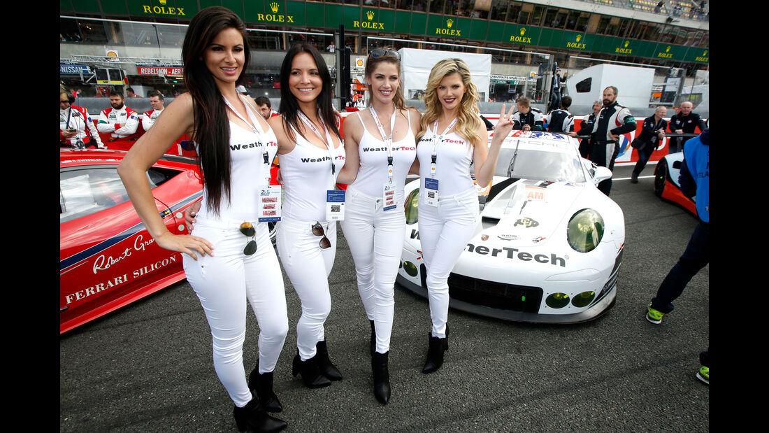 Grid Girls - Le Mans 2016