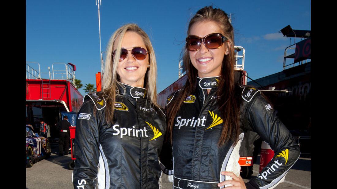 Grid Girls NASCAR Daytona 2011
